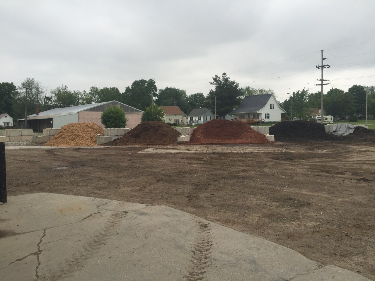 Ameriscapes Landscape Supply is located in Yale, Michigan right next to the  Yale A&W. Our retail outlet offers people the opportunity to shop for all  their ... - Ameriscape Landscaping Supply Store In Michigan